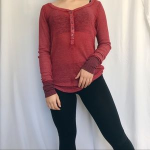 4/$25 Aeropostale red thermal